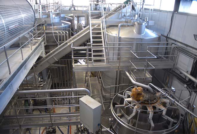 Restructuration cave coopérative Buzet sur Baïse cuverie inox bureau d'ingénierie vinicole INGEVIN