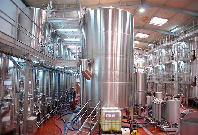 Création Unite de conditionnement Celliers de Meknes cuves inox Maitrise d'oeuvre viticole INGEVIN