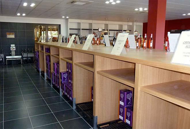 Création cave coopérative Cellier de la saint Beaume caveau ventes bureau d'ingénierie viticole INGEVIN