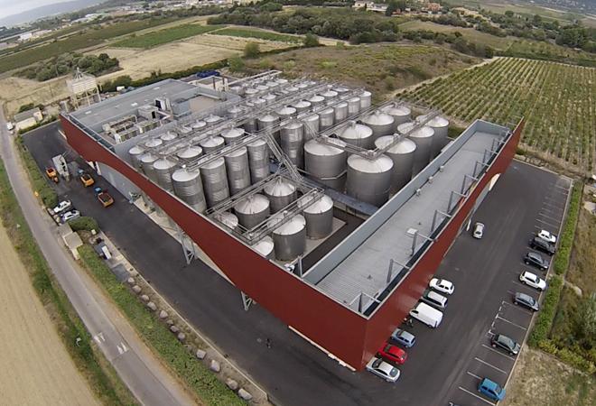 Création cave coopérative Terroirs Voie Domitienne vue aérienne bureau d'ingénierie vinicole INGEVIN